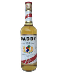 Antigua botella de whisky Paddy Old Irish Whiskey, embotellado en irlanda en la década de los años 90.